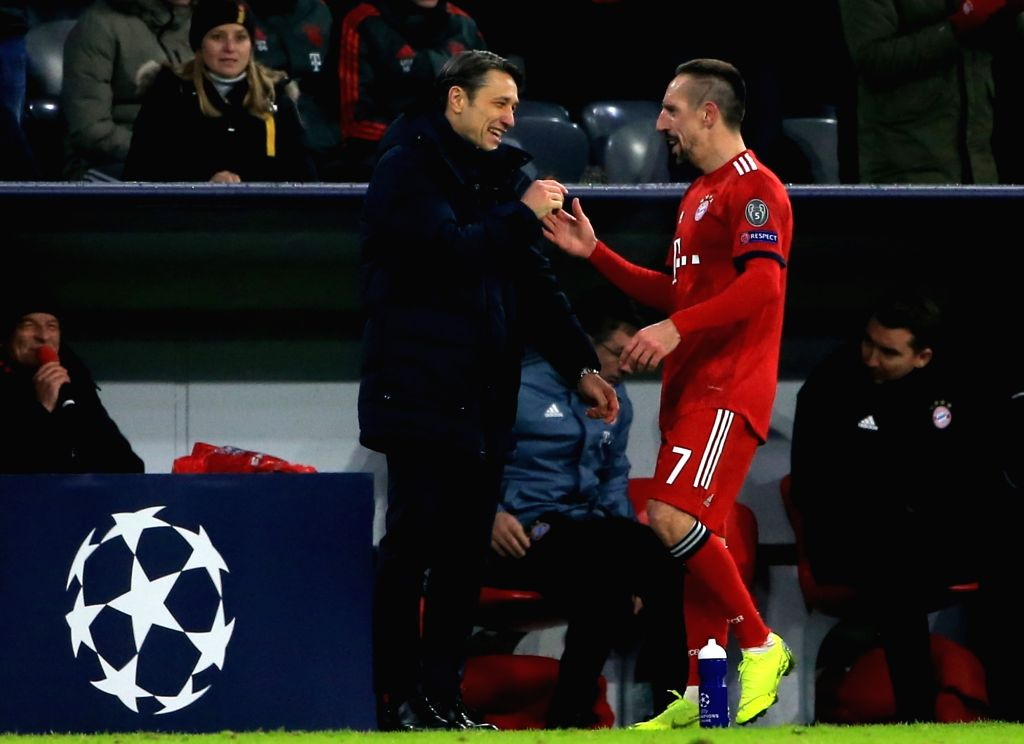 MUNICH, Nov. 28, 2018 - Bayern Munich's Franck Ribery (R) shakes hands with head coach Niko Kovac during a 5th round match in group E of UEFA Champions League between Bayern Munich of Germany and SL ...