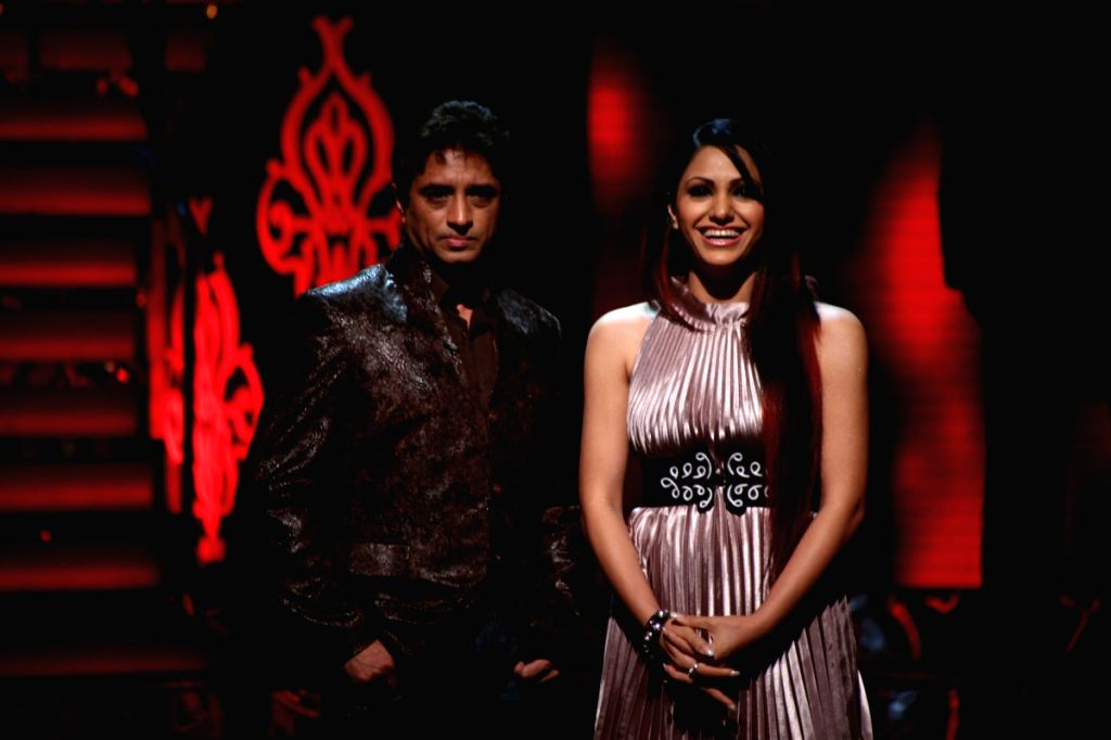 """Music composer Anand Raaj Anand on the sets of reality dance show """"Jhalak Dikhlaja"""" at Filmistan studios."""