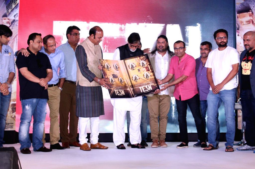 Music composer Vishal Dadlani, actor Amitabh Bachchan, music producer Clinton Cerejo, filmmaker ribhu dasgupta and Bollywood lyricist Amitabh Bhattacharya during the music launch of film Te3n ... - Amitabh Bachchan