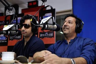 : Music director duo Salim-Sulaiman Merchant at the Radio City 91.1 FM show Musical-E-Azam. The music composer duo completely rocked `Kasa Kai Mumbai` with RJ Salil and RJ Archana, playing out all ...