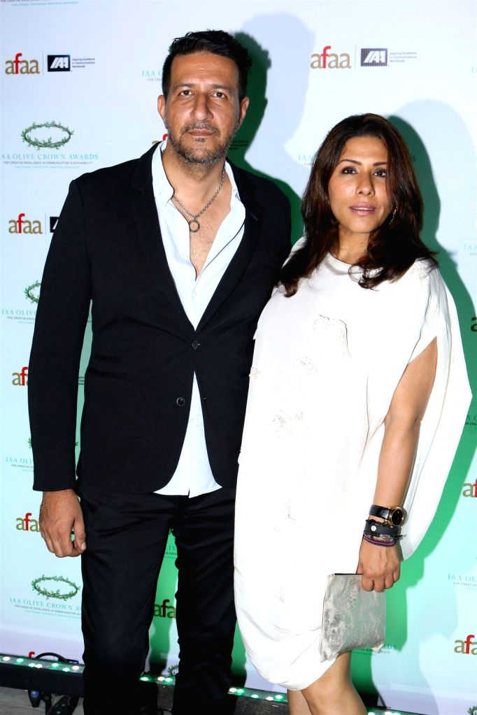 Music director Sulaiman Merchant with wife Reshma during the International Advertising Association (IAA) - India Chapter Olive Crown Awards 2017 in Mumbai on March 15, 2017. - Sulaiman Merchant