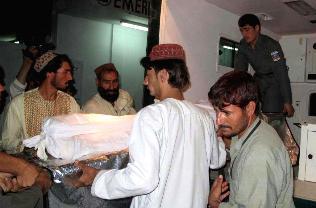 Muslim men help in Hindu girl's cremation in Varanasi. (Photo: IANS)