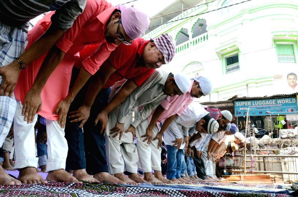 Muslims offer namaz on Ramadan in Patna on June 16, 2017.