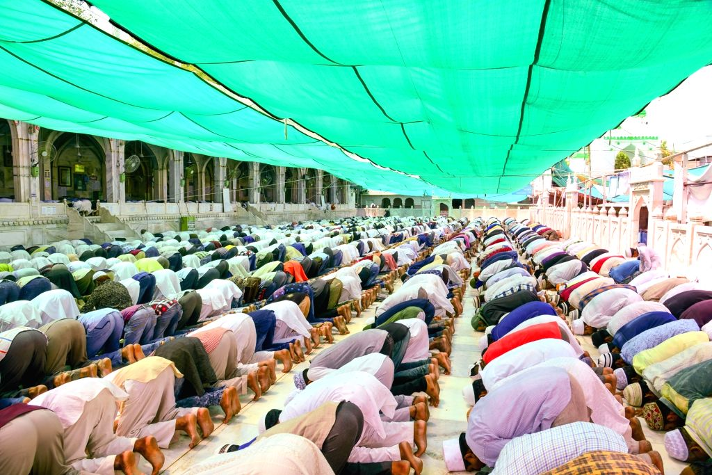 Muslims offer namaz on the first Friday of Ramadan at Ajmer Sharif Dargah on June 2, 2017.
