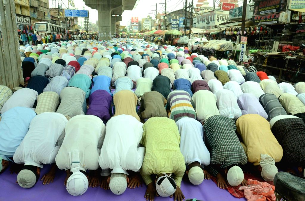 Muslims offer namaz on the first Friday of Ramadan in Patna on June 2, 2017.