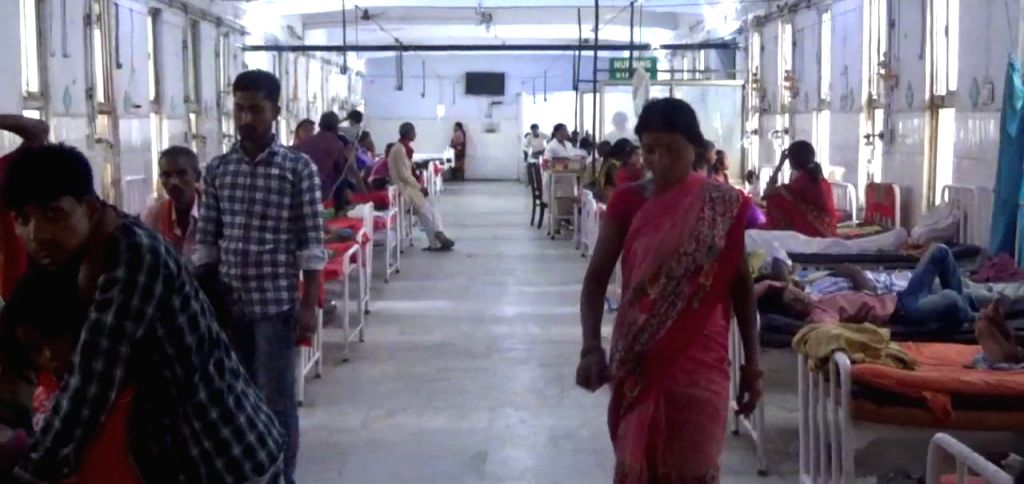 Muzaffarpur: Children with encephalitis symptoms being treated at hospital in Muzaffarpur on June 11, 2019. (Photo: IANS)