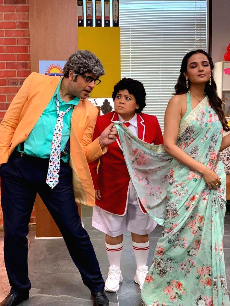 'Naagin' star Jasmin Bhasin is Bharti Singh's mom in comedy show. - Bharti Singh
