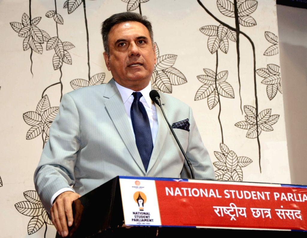 Nagpur: Actor Boman Irani addresses at the sixth National Students Parliament in Nagpur on Jan 18, 2019. (Photo: IANS) - Boman Irani