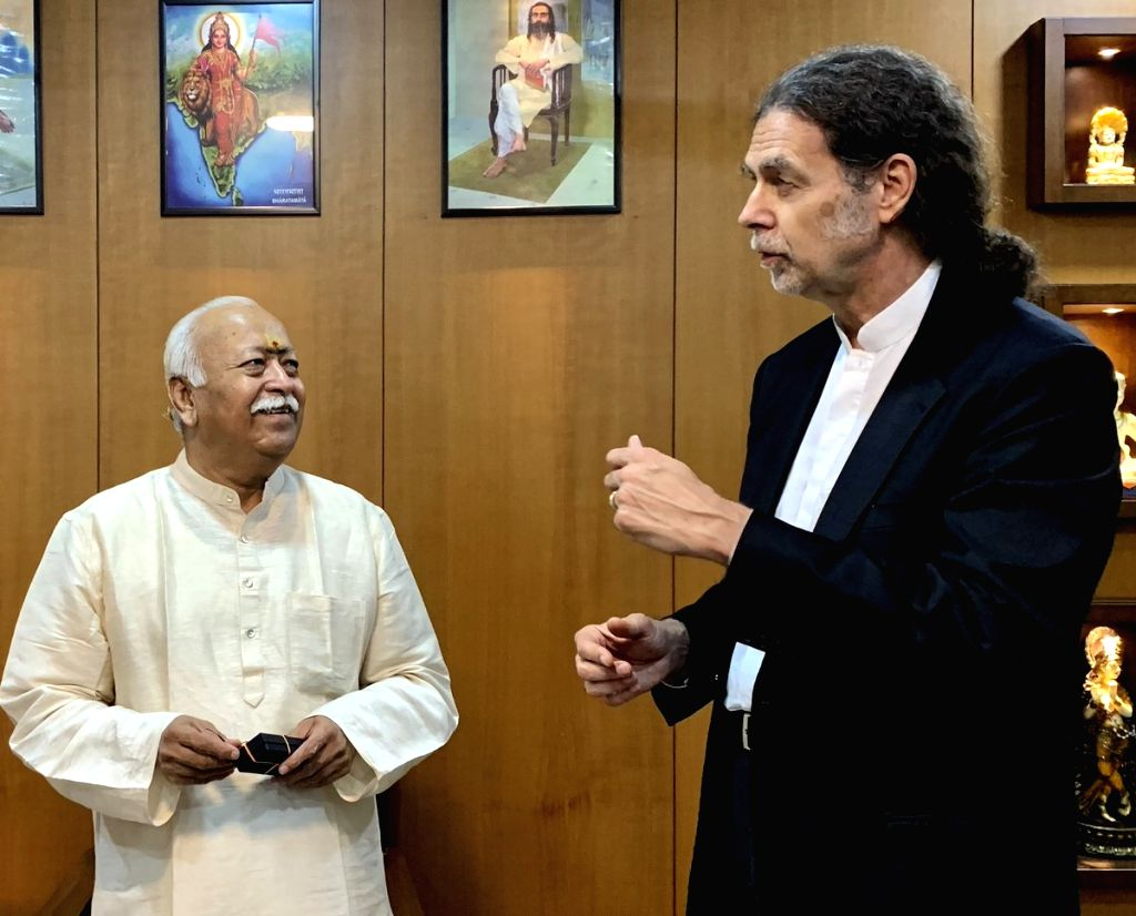 Nagpur: German Ambassador to India Walter J. Lindner calls on RSS Chief Mohan Bhagwat at the organisation's headquarters in Nagpur on July 17, 2019. (Photo: IANS)