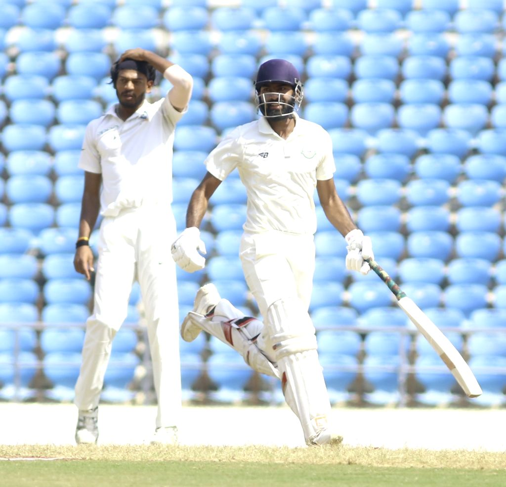 Nagpur: Vidarbha batsman Akshay Karnewar in action on the Third Day of Irani Cup match between Rest of India and Vidarbha at Vidarbha Cricket Association Stadium, in Jamtha, Nagpur on Feb 14, 2019. (Photo: IANS) - Akshay Karnewar
