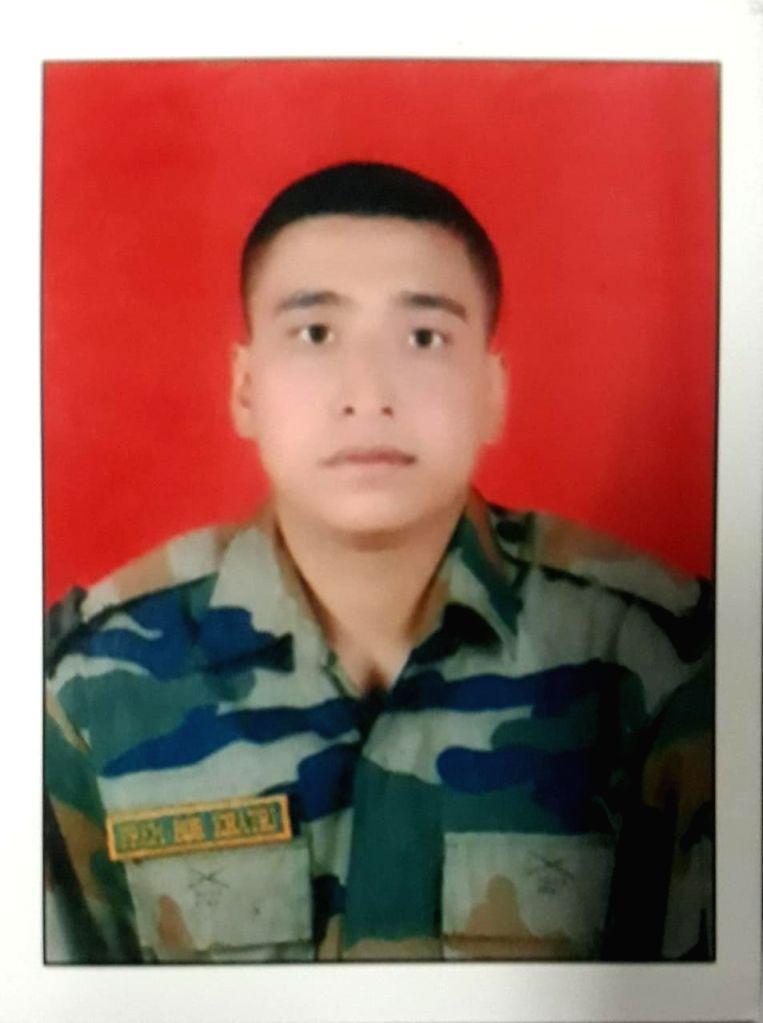 Naik Prem Bahadur Khatri and rifleman Sukhbir Singh, two soldiers killed in Pakistan ceasefire violation on J&K LoC. - Sukhbir Singh