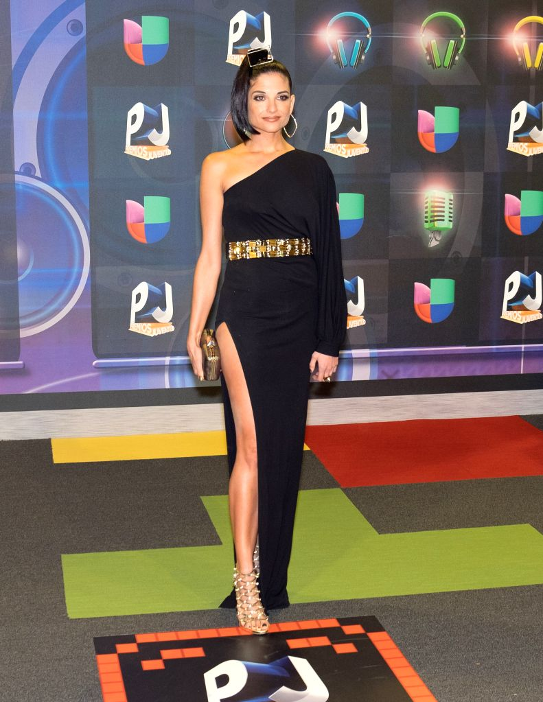 Natalia Jimenez poses in the red carpet of the Premios Juventud 2015 Awards in Coral Gables, Florida, US, 16 July 2015.