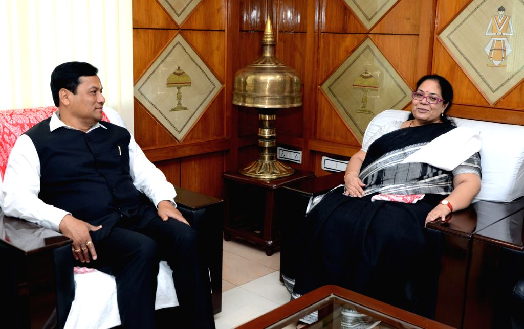 National Commission for Women (NCW) Chairperson Lalitha Kumaramangalam calls on Assam Chief Minister Sarbananda Sonowal in Guwahati, on June 28, 2016. - Sarbananda Sonowal