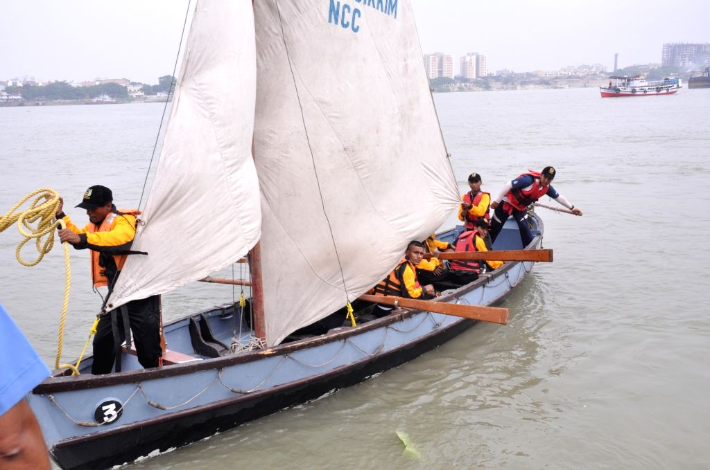 Naval Wing NCC Cadets approach Man-of-War Jetty after successful completion of Farakka - Kolkata Sailing Expedition in Kolkata on June 16, 2017.