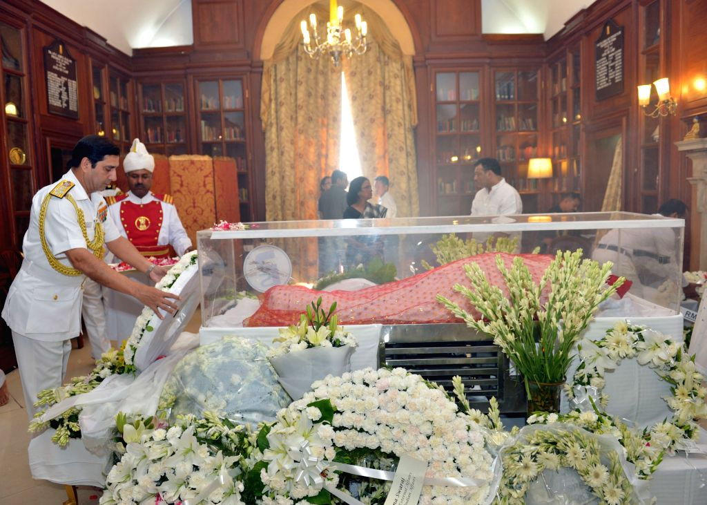 Navy chief Admiral RK Dhowan pays tribute to the mortal remains of President Pranab Mukherjee's wife Suvra at Rashtrapati Bhawan on Aug 18, 2015. - Pranab Mukherjee