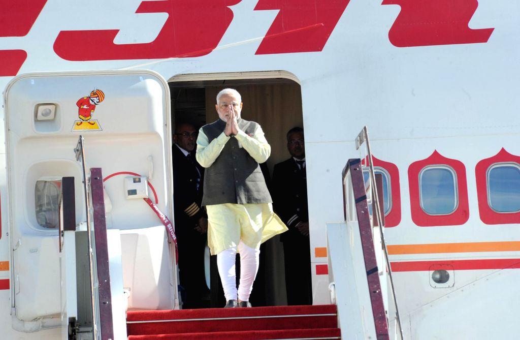 Nay Pyi Taw: Prime Minister Narendra Modi arrives in Nay Pyi Taw, Myanmar on Nov 11, 2014. - Narendra Modi