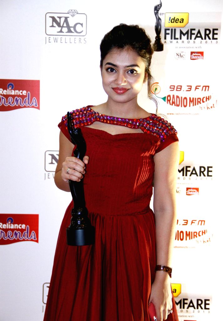 Nazariya received Best Debut (Female) Award at the `61st Idea Filmfare South Awards 2013` held in Chennai at Nehru Stadium.