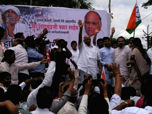 NCP chief Sharad Pawar during a farmer's rally in drought hit Osmanabad district of western Maharashtra on Aug 14, 2015.
