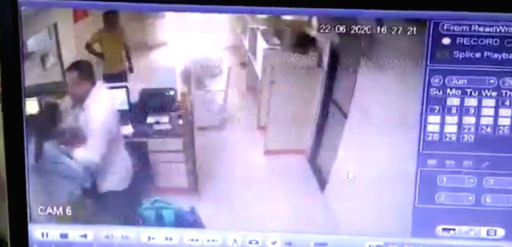 NCW for probe into manhandling of female bank staff by cop in Surat.