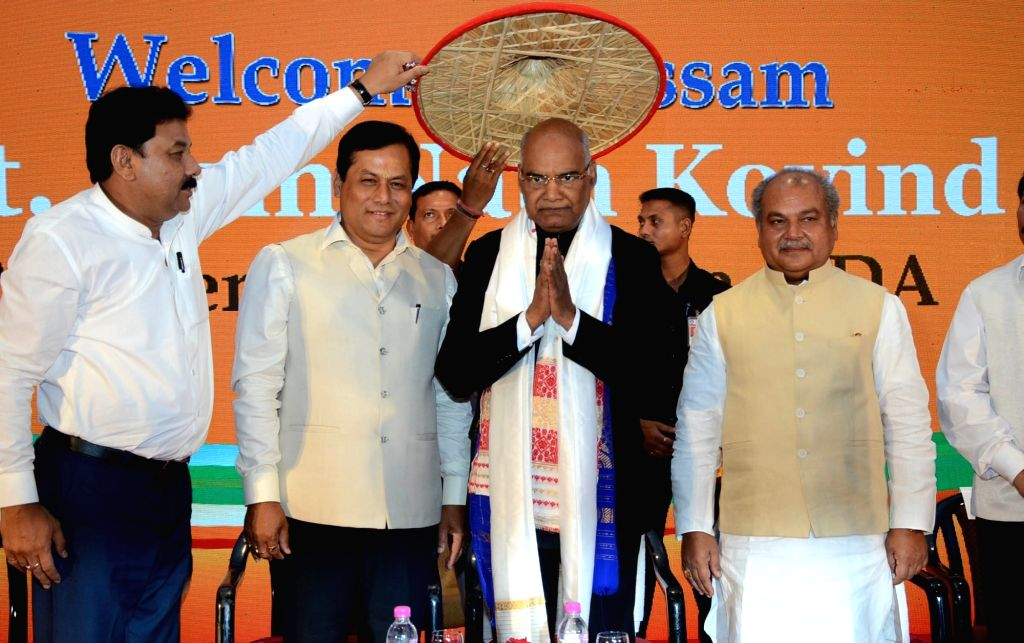 NDA's presidential candidate Ram Nath Kovind being felicitated by Assam Chief Minister Sarbananda Sonowal and Union Minister Narendra Singh Tomar in Guwahati, on July 6, 2017. - Sarbananda Sonowal, Nath Kovind and Narendra Singh Tomar