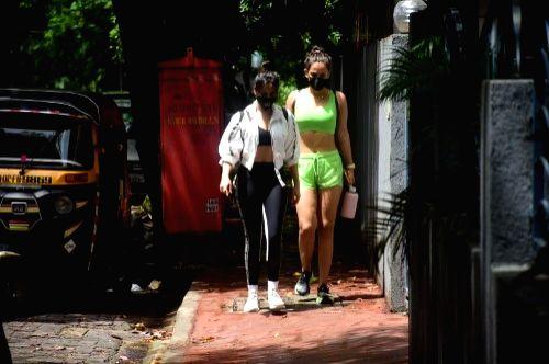 Neha and Aisha Sharma Spotted at Bandra on Saturday June 19,2021. - Aisha Sharma Spotted