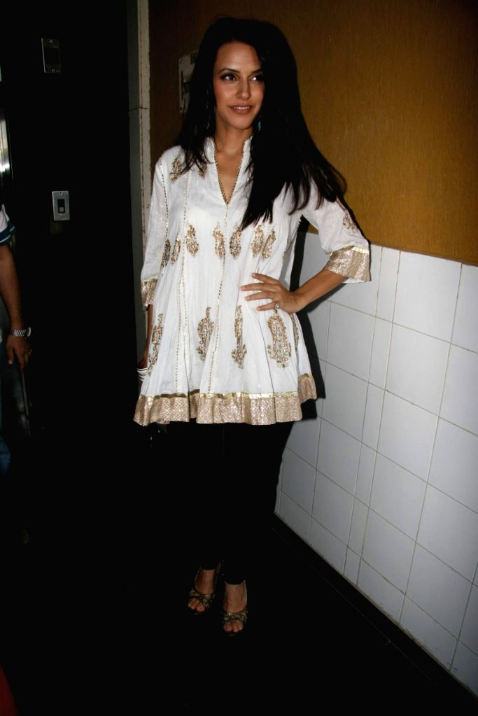Neha Dhupia at Deeds NGO event.