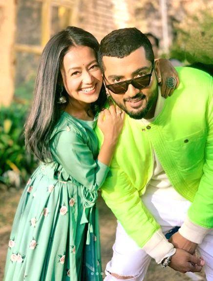 Neha Kakkar breaks down in video of her latest song with Jaani.