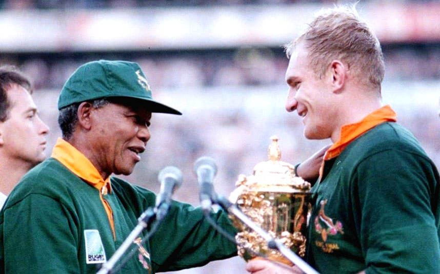 Nelson Mandela turns up at a rugby match in the Springbok garb