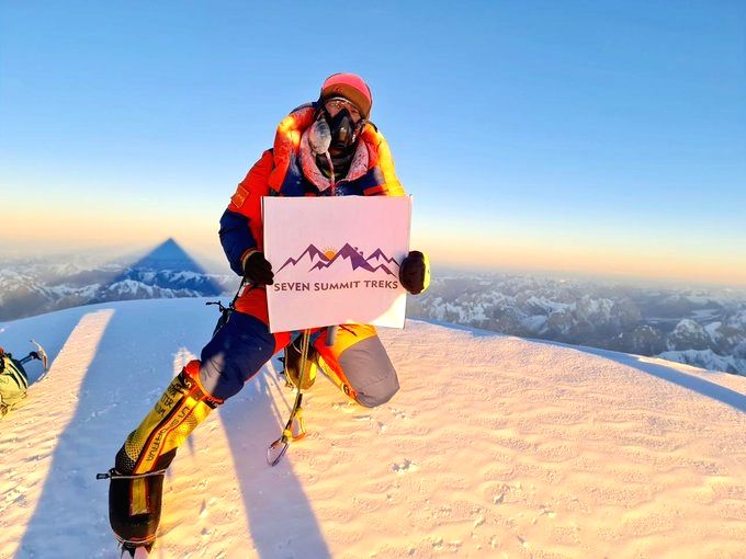 Nepalese mountaineers scale K2 for 1st time in winter