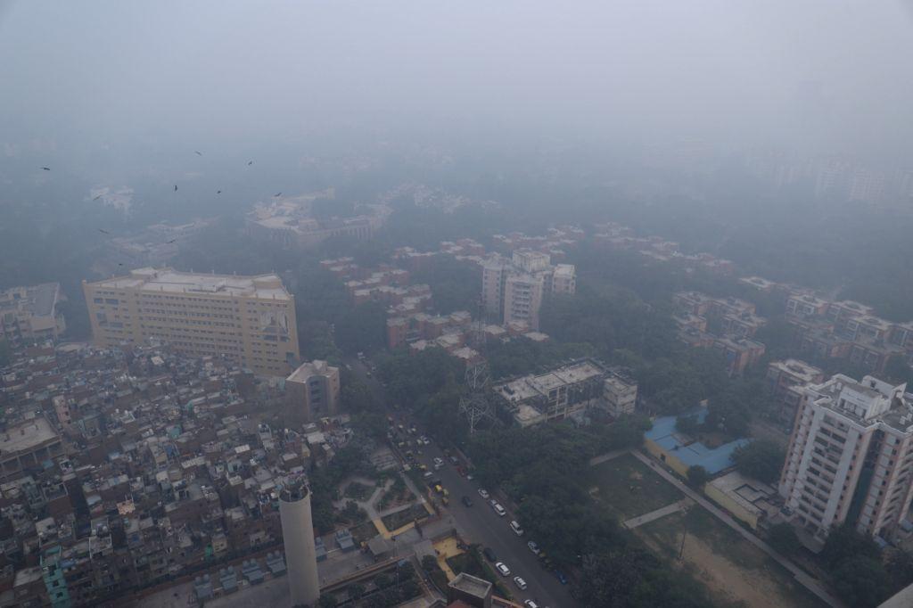 New Delhi: A blanket of haze covers New Delhi on Oct 31, 2019. (Photo: Bidesh Manna/IANS)