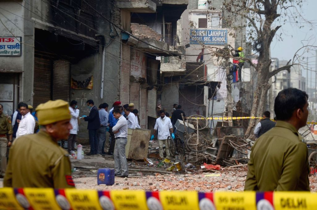 New Delhi: A forensic team and a team of the crime branch of the Delhi Police inspects the house of suspended Aam Aadmi Party (AAP) councillor Tahir Hussain to probe his role in the riots that broke out in North East Delhi, on Feb 28, 2020. (Photo: I