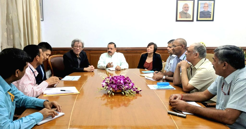 New Delhi: A high-level delegation from Singapore, led by its High Commissioner Lim Thuan Kuan holds a meeting with Union MoS Development of North Eastern Region (I/C), Prime Minister's ... - Jitendra Singh
