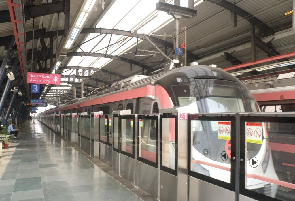 :New Delhi: A metro rake at a metro station during trial run between Trilokpuri Sanjay Lake-Shiv Vihar Metro section on Delhi Metro's Pink Line, in New Delhi on Oct 29, 2018. (Photo: IANS).