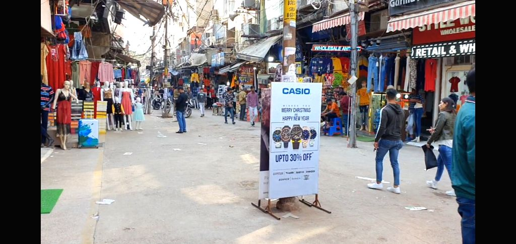 New Delhi: A view of Gaffar Market, one of the biggest electronic goods market of not just Delhi but India. After Delhi government banned congregation above 50 people and shut schools, cinemas; the fear and panic has now impacted even Gaffar market,