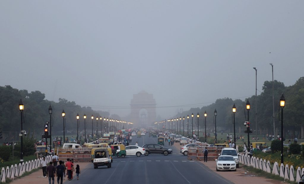 New Delhi: A view of India Gate during dust storm in New Delhi, on June 6, 2019. (Photo: IANS)