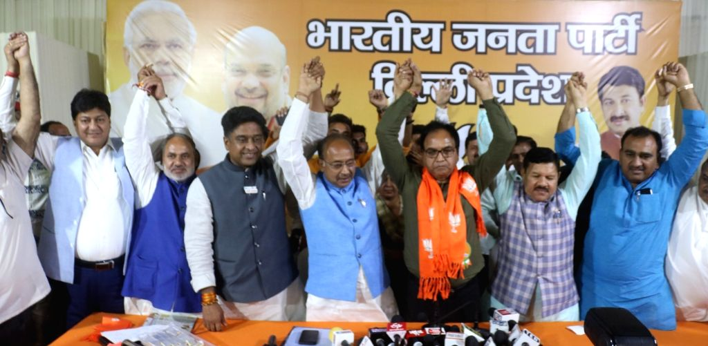 New Delhi: AAP MLA Anil Kumar Bajpai joins BJP in the presence of party leaders Shyam Jaju, Vijay Goel and  Kuljeet Singh Chahal in New Delhi, on May 3, 2019. (Photo: IANS) - Kumar Bajpai and Kuljeet Singh Chahal