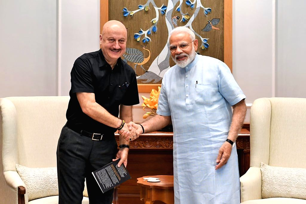 New Delhi: Actor Anupam Kher calls on Prime Minister Narendra Modi in New Delhi, on July 1, 2019. (Photo: Twitter/@AnupamPKher) - Anupam Kher and Narendra Modi