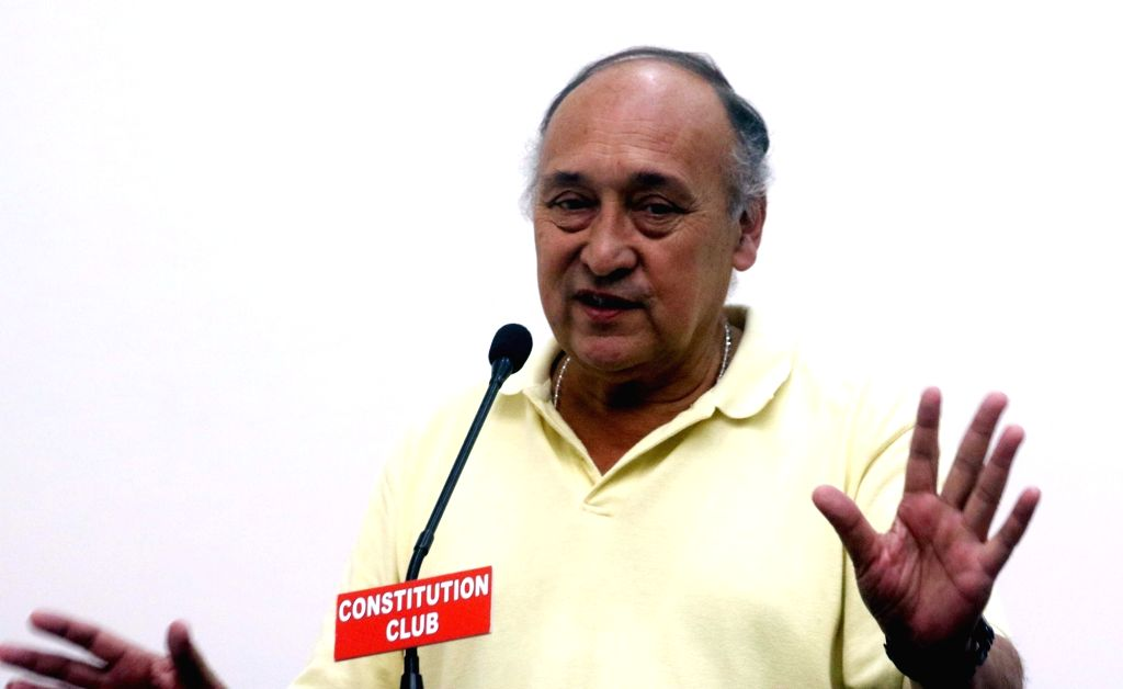 "New Delhi: Actor Victor Banerjee addresses during a press conference on India-Argentina project of upcoming film ""Thinking of Him"" on Rabindra Nath Tagore in New Delhi on Aug 29, 2016. (Photo: IANS) - Victor Banerjee and Rabindra Nath Tagore"