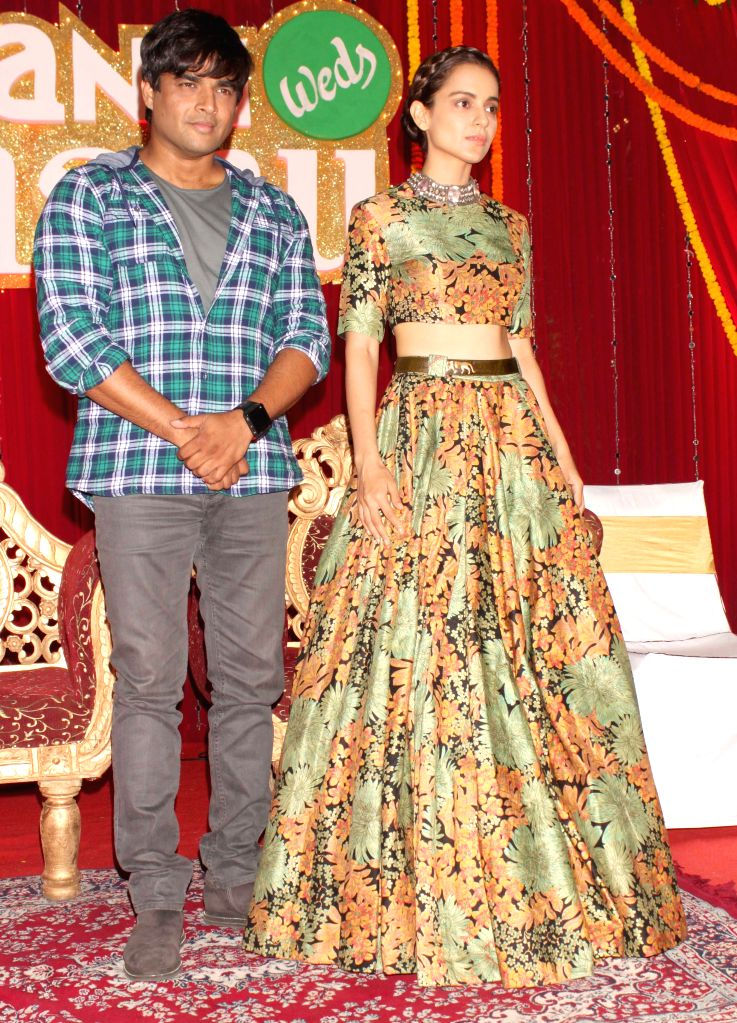 Actors Kangana Ranaut and R. Madhavan during a programme organised to promote their upcoming film `Tanu Weds Manu Returns` in New Delhi, on March 23, 2015. - Kangana Ranaut and R. Madhavan