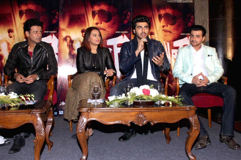 Actors Manoj Bajpai, Sonakshi Sinha, Arjun Kapoor and Sanjay Kapoor during a press conference to promote their upcoming film `Tevar` in New Delhi, on Jan 4, 2015. - Manoj Bajpai, Sonakshi Sinha, Arjun Kapoor and Sanjay Kapoor