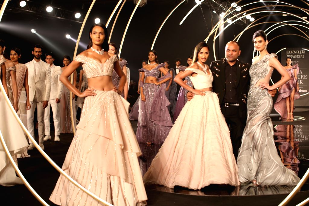New Delhi: Actress Diana Penty walks the ramp for designer Gaurav Gupta at India Couture Week  on July 27, 2019 (Photo: Amlan Paliwal/IANS) - Diana Penty and Gaurav Gupta