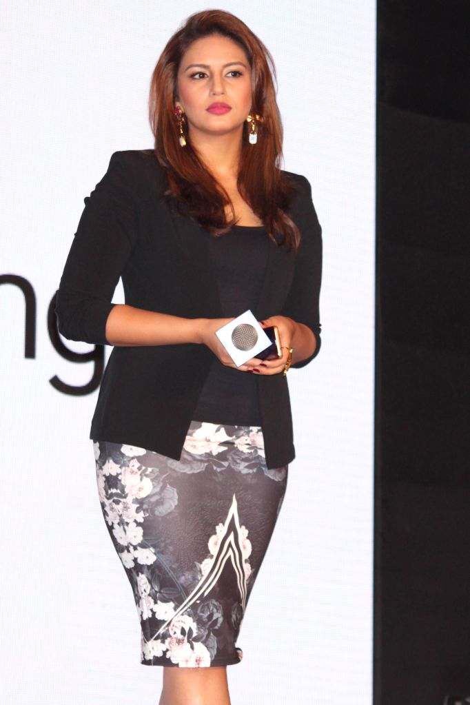 Actress Huma Qureshi at the launch of Samsung Z1 in New Delhi, on Jan 14, 2015.