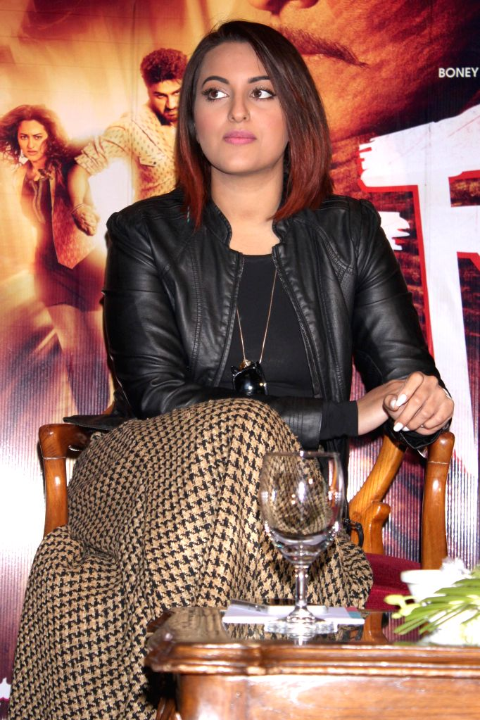 Actress Sonakshi Sinha during a press conference to promote their upcoming film `Tevar` in New Delhi, on Jan 4, 2015. - Sonakshi Sinha