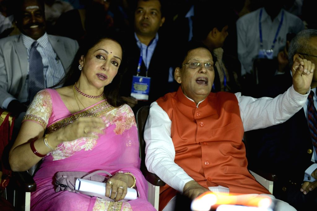 : New Delhi: Actress turned politician Hema Malini with Sulabh International founder Bindeshwar Pathak  during a programme organised on  World Toilet Day in New Delhi, on Nov 19, 2015. (Photo: IANS).