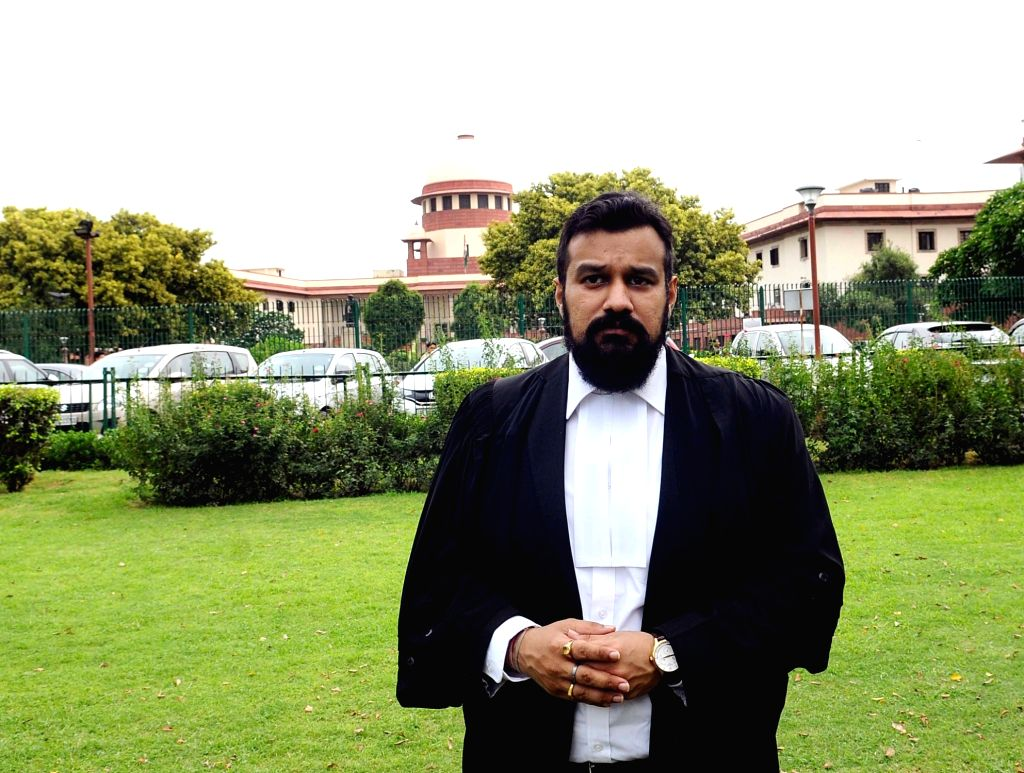 New Delhi: Advocate Vishnu Shankar Jain, representing the Hindu Mahasabha outside the Supreme Court, in New Delhi on Aug 2, 2019. The Supreme Court on Friday ordered day-to-day hearing on the Ayodhya dispute from August 6 as a committee appointed to  - Vishnu Shankar Jain
