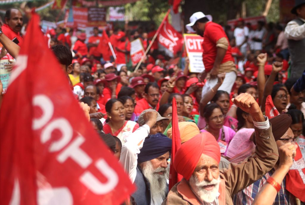 New Delhi: All India United Trade Union Centre (AICCTU), Centre of Indian Trade Unions (CITU) stage a demonstration against the NDA government in New Delhi on Nov 10, 2017. (Photo: IANS)