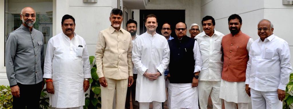 : New Delhi: Andhra Pradesh Chief Minister and Telugu Desam Party (TDP) chief N. Chandrababu Naidu meets Congress president Rahul Gandhi at the laters residence in New Delhi on Nov. 1, 2018. (Photo: ...