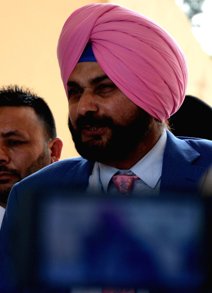 New Delhi, April 1 (IANS) Australia spin legend Shane Warne on Wednesday included Navjot Singh Sidhu in his all-time Indian XI he played against and picked Sourav Ganguly as the captain of the team. - Sourav Ganguly and Navjot Singh Sidhu