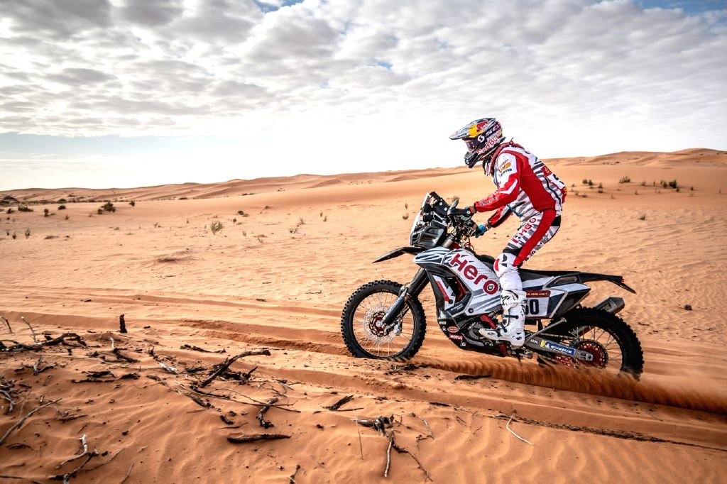 "New Delhi, April 21 (IANS) Indias finest off-road and endure motorcycle racer, Chunchunguppe Shivashankar Santosh AKA CS Santosh will catch up with Australias Toby Price, two-time winner of the prestigious Dakar Rally in the first episode of ""The Min"