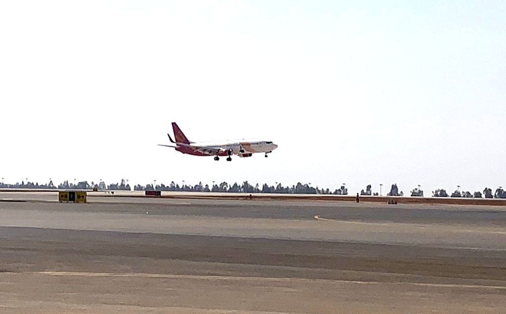 New Delhi, April 9 (IANS) Budget airline SpiceJet on Thursday said that it has operated the first cargo freighter on the Chennai-Singapore-Chennai route carrying critical medical equipment and Covid-19 related medical supplies .(File Photo: IANS)